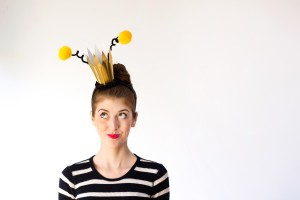 diy-queen-bee-halloween-costume